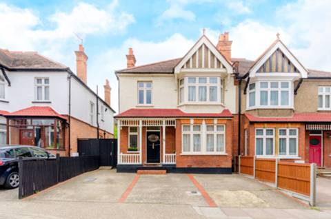View full details for Grove Hill Road, Harrow on the Hill, HA1