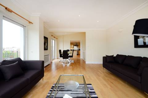 View full details for Brittany House, Putney, SW15