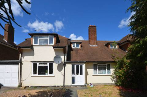 View full details for Potters Grove, New Malden, KT3