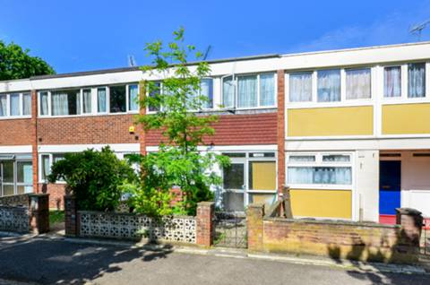 View full details for Mount Angelus Road, Roehampton, SW15