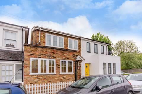 View full details for Chestnut Road, Twickenham, TW2