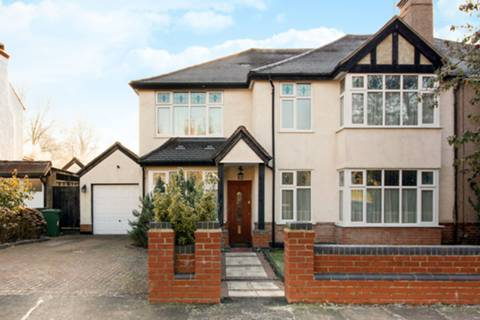 View full details for Birchmead Avenue, Pinner, HA5
