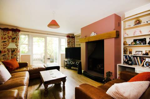 View full details for Carlyle Road, Ealing, W5
