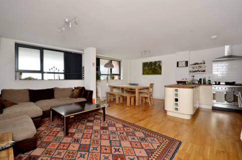 View full details for Goldsmiths Row, Bethnal Green, E2