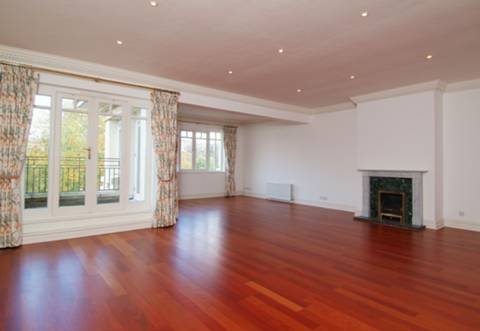 View full details for Clevedon Road, Richmond, TW1