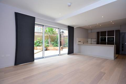 View full details for Ravenscourt Gardens, Hammersmith, W6