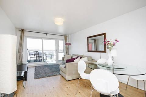 View full details for Amiot House, Colindale, NW9
