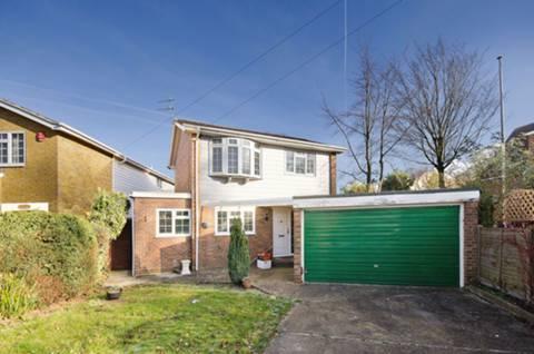 View full details for Moss Lane, Pinner, HA5