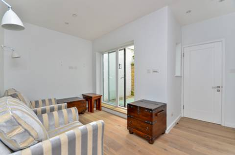 View full details for Queens Mews, Bayswater, W2