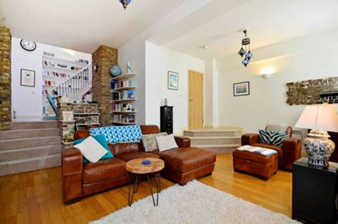View full details for Beatty Road, Stoke Newington, N16