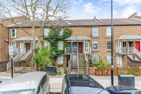 View full details for Fonthill Road, Finsbury Park, N4