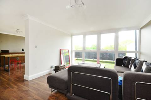 View full details for Highland Road, Crystal Palace, SE19