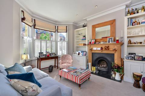 View full details for Tunley Road, Wandsworth Common, SW17
