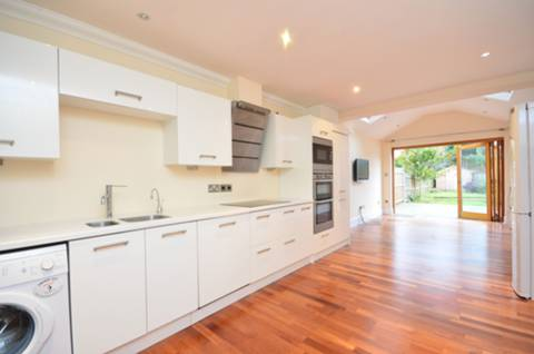 View full details for Graham Road, Wimbledon, SW19