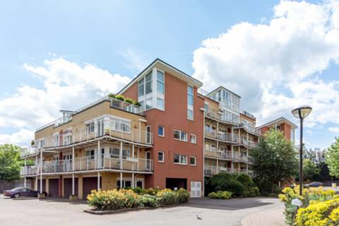 View full details for Admiral House, Manor Road, Teddington, TW11