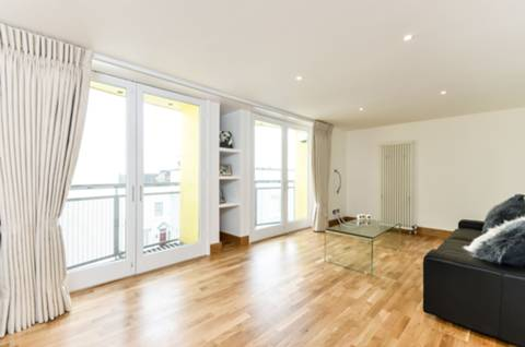 View full details for Ginsberg Yard, Hampstead, NW3