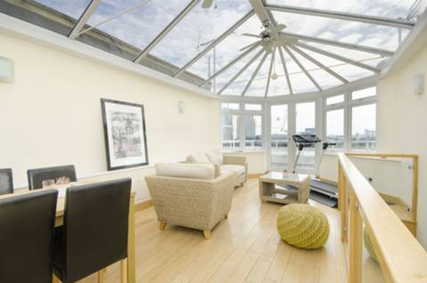 View full details for Cold Harbour, Canary Wharf, E14