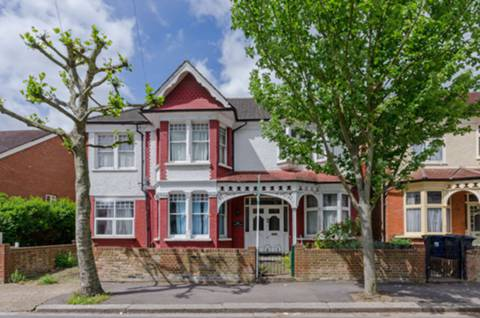 View full details for Bow Lane, North Finchley, N12