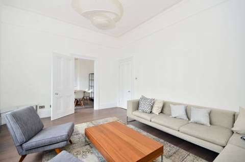 View full details for Elgin Crescent, Notting Hill, W11