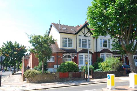 View full details for Fox Lane, Palmers Green, N13