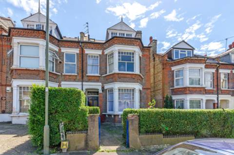 View full details for Mountfield Road, Finchley, N3