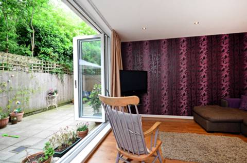 View full details for Manor Road, Stoke Newington, N16
