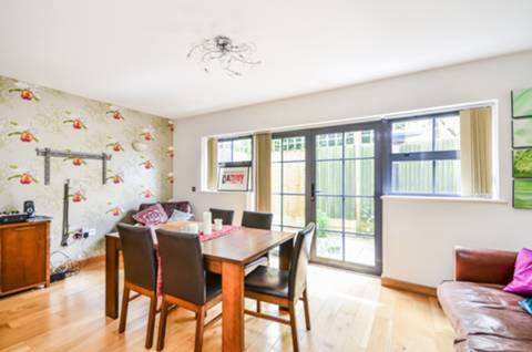 View full details for Paddock Gardens, Crystal Palace, SE19