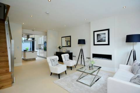 View full details for Tunis Road, Shepherd's Bush, W12