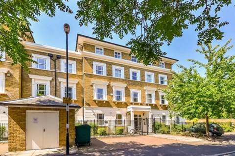 View full details for Lewisham Way, Brockley, SE4