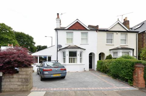 View full details for Cedars Road, Hampton Wick, KT1