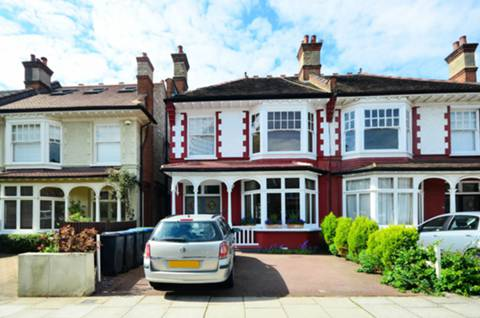 View full details for Fernleigh Road, Winchmore Hill, N21