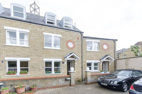 View full details for Dairy Mews, Clapham North, SW9