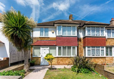 View full details for Hanworth Road, Whitton, TW4