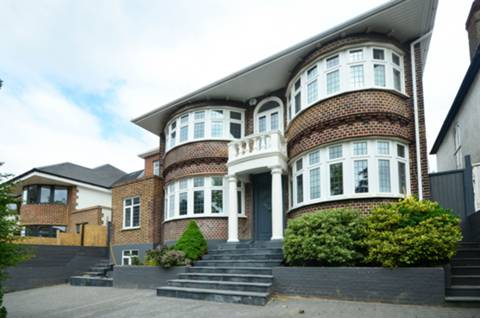View full details for Alexander Avenue, Willesden, NW10
