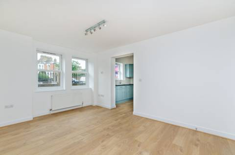 View full details for Athenlay Road, Nunhead, SE15