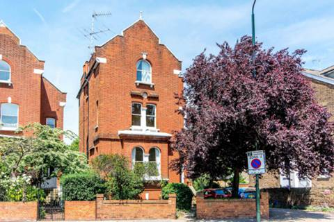 View full details for Sheen Road, Richmond, TW9