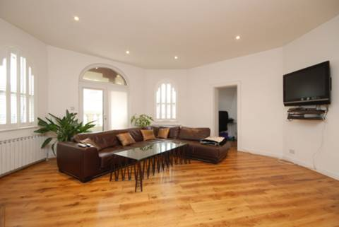 View full details for Tooley Street, Tower Hill, SE1