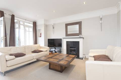 View full details for Western Gardens, West Acton, W5