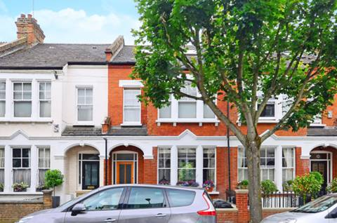 View full details for Ravenslea Road, Nightingale Triangle, SW12