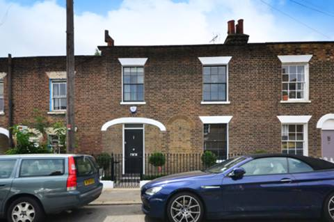 View full details for Lillieshall Road, Clapham Old Town, SW4