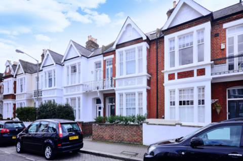 View full details for Chelverton Road, West Putney, SW15