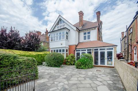 View full details for Becmead Avenue, Streatham, SW16