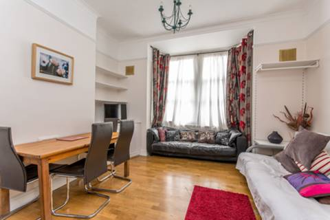 View full details for Rockhall Road, Cricklewood, NW2