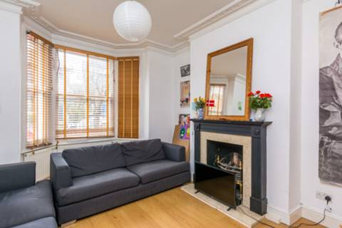 View full details for Redgrave Road, West Putney, SW15