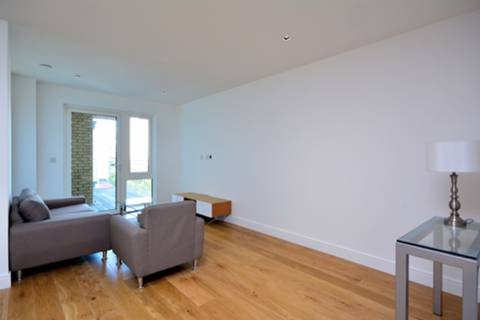 View full details for Kew Bridge Road, Hounslow, TW8
