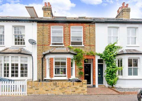 View full details for Windsor Road, Kew, TW9