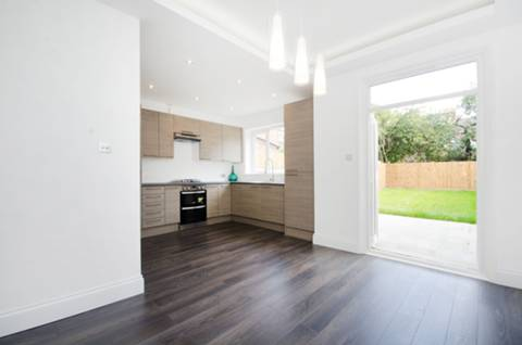 View full details for Corsehill Street, Furzedown, SW16