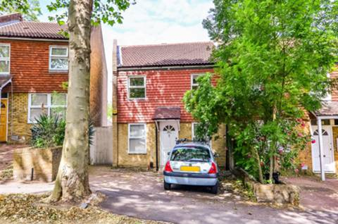 View full details for Becondale Road, Crystal Palace, SE19
