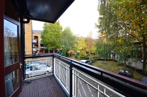View full details for Goodhart Place, Limehouse, E14