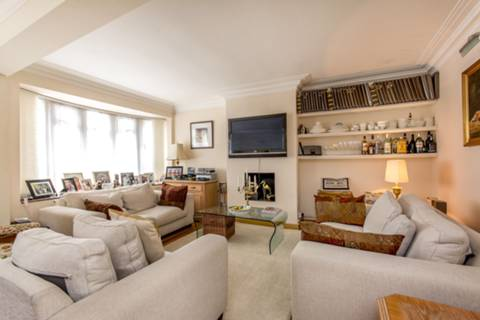 View full details for St Edmunds Close, St John's Wood, NW8